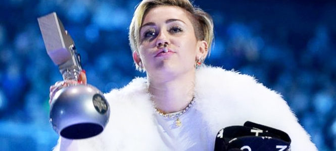 Miley Cyrus Smoking Weed At MTV EMA