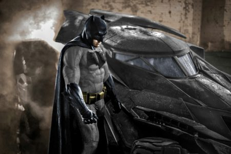 [REACTION] Thoughts on Full Color Batman Suit In Batman v Superman Movie